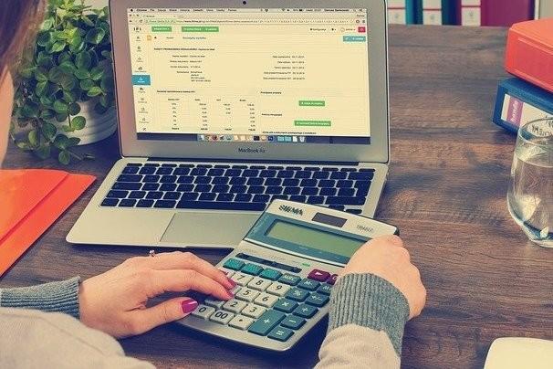nuevas-herramientas-de-la-agencia-tributaria:-calculadora-de-intereses-y-calculadora-de-aplazamientos